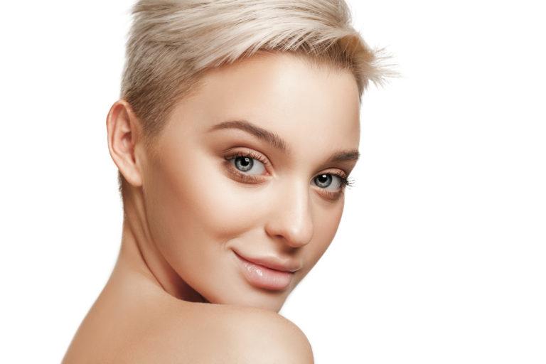 półpermanentny makijaż Ideal skin
